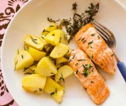tranci di salmone al forno con patate