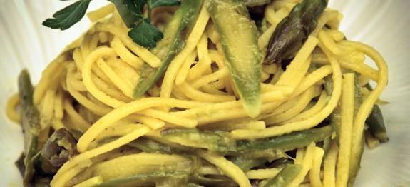 Bucatini alle uova e asparagi